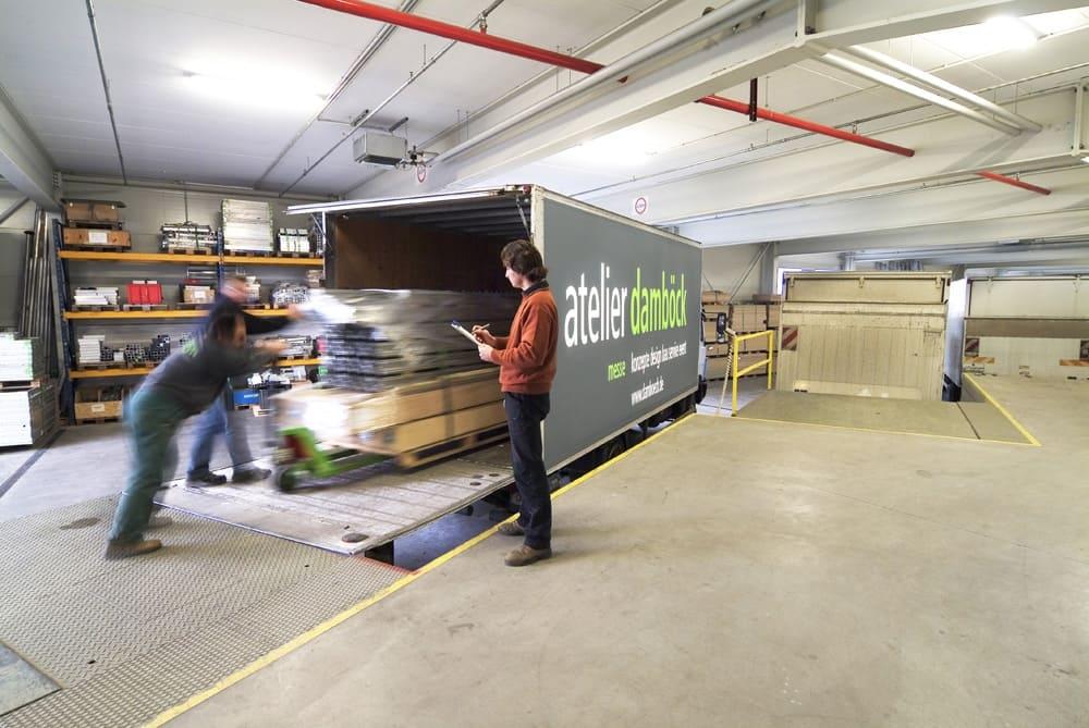 Weltweite Logistik mit atelier damböck